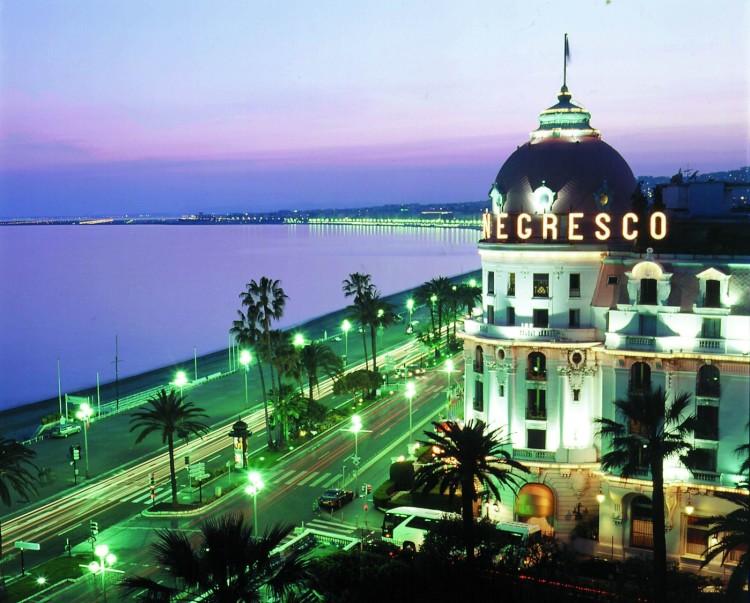 Отель Негреско на побережье Ниццы