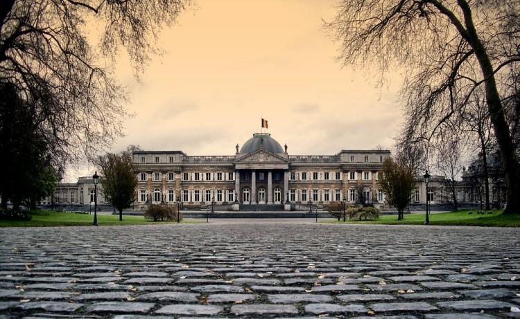 Лакенский Дворец