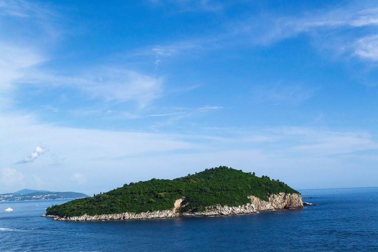 Остров Локрум